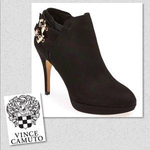 Vince Camuto    Elaina Booties 9.5